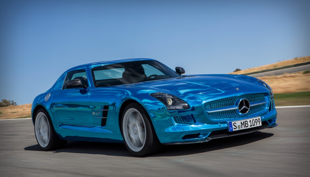 SLS AMG Electric Drive: high voltage gullwing  (1/3)