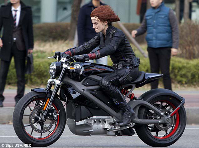 Electric Harley Davidson in Avengers movie (1/3)