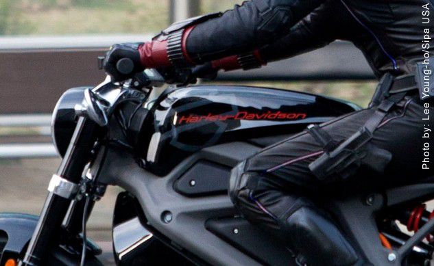 Electric Harley Davidson in Avengers movie (2/3)