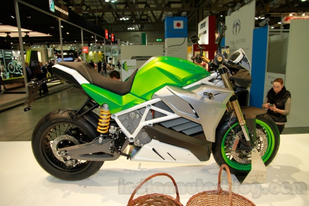 Energica-EVA-side-at-EICMA-2014