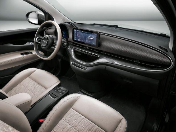 FIAT-500-elettrica-interni-scaled